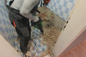 Снимка номер 3 за Къртене на бани Плевен фирма Конструкт, Събаряне на стени, Контейнери за отпадъц