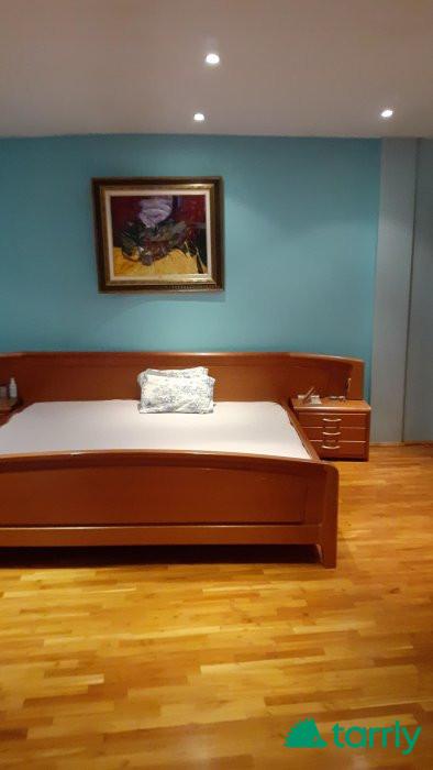 Снимка номер 1 за Продавам  спалня и скрин от масивно черешово дърво