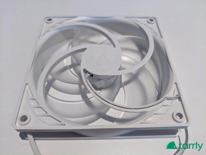 Снимка номер 1 за 3 Вентилатора за компютър ARCTIC P12 Бял/Прозрачен