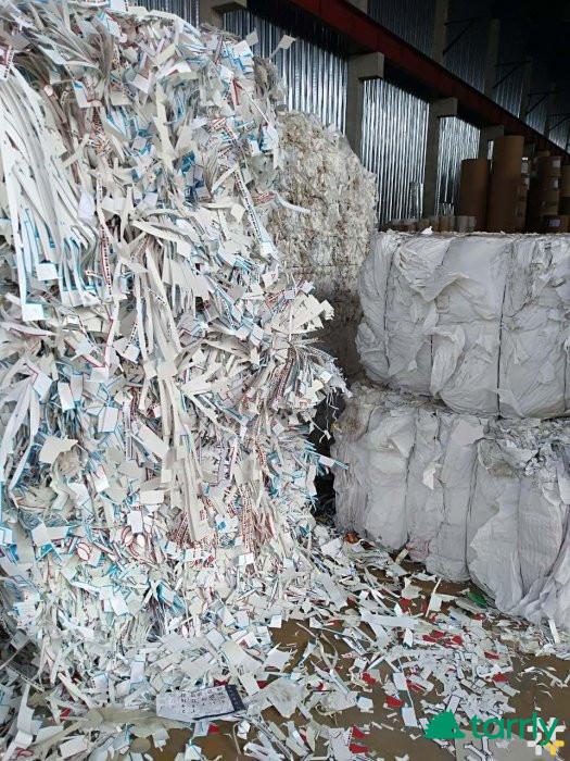 Снимка номер 1 за Изкупуване на вторични суровини - хартия, пластмаси, метали на топ цени